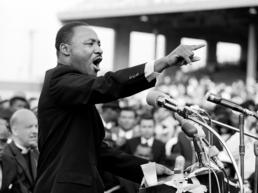 Julian_Wasser_Martin_Luther_King_in_LA_Hilton_Asmus_Contemporary