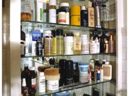 andy-warhol-s-medicine-cabinet-david-gamble-orig_orig