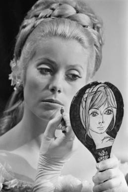 catherine deneuve with mirror